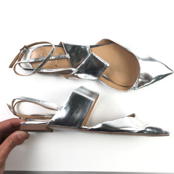 "Banana Republic Shoes - Banana Republic ""Abiline"" Metallic Sandals DR01397"